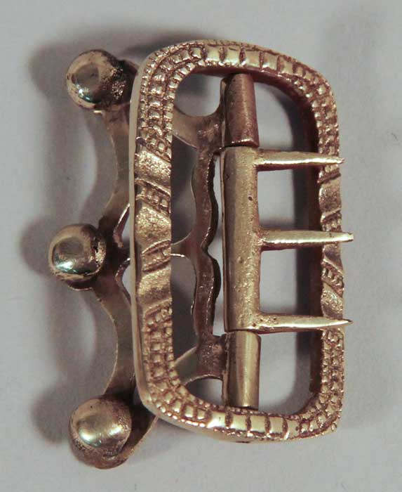 Buckle: Stock, 3 Prong, Brass