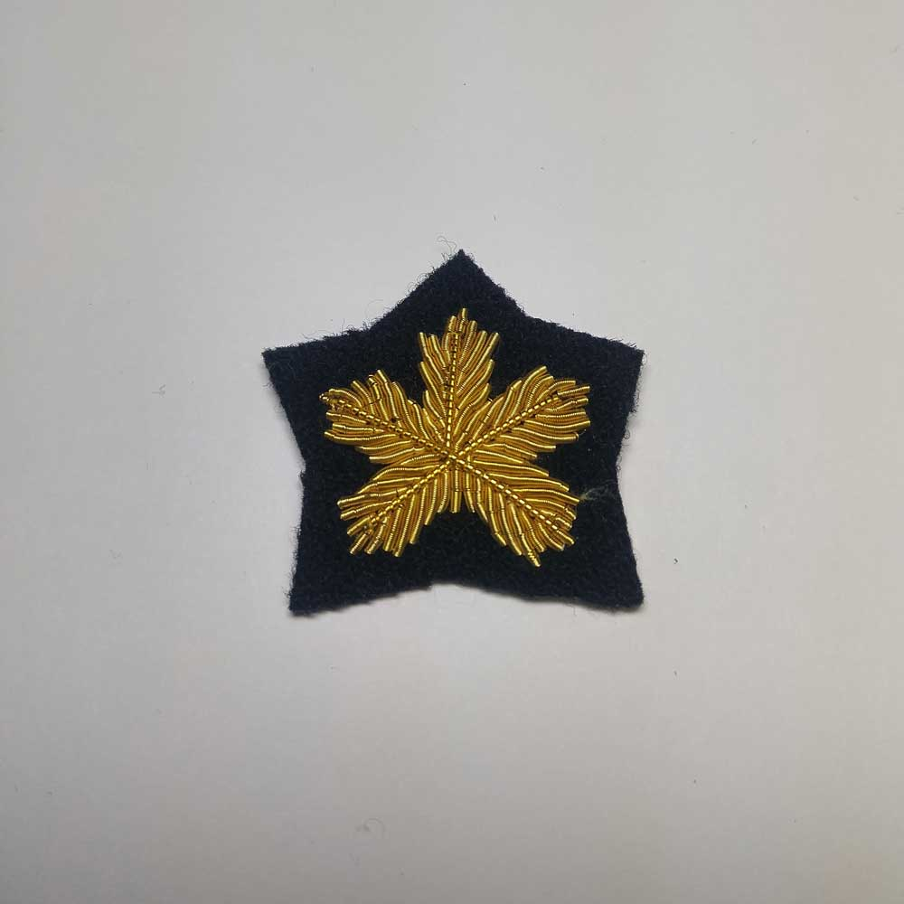 Turnback Tacks: Maple Leaf, Gold with Blue Backing