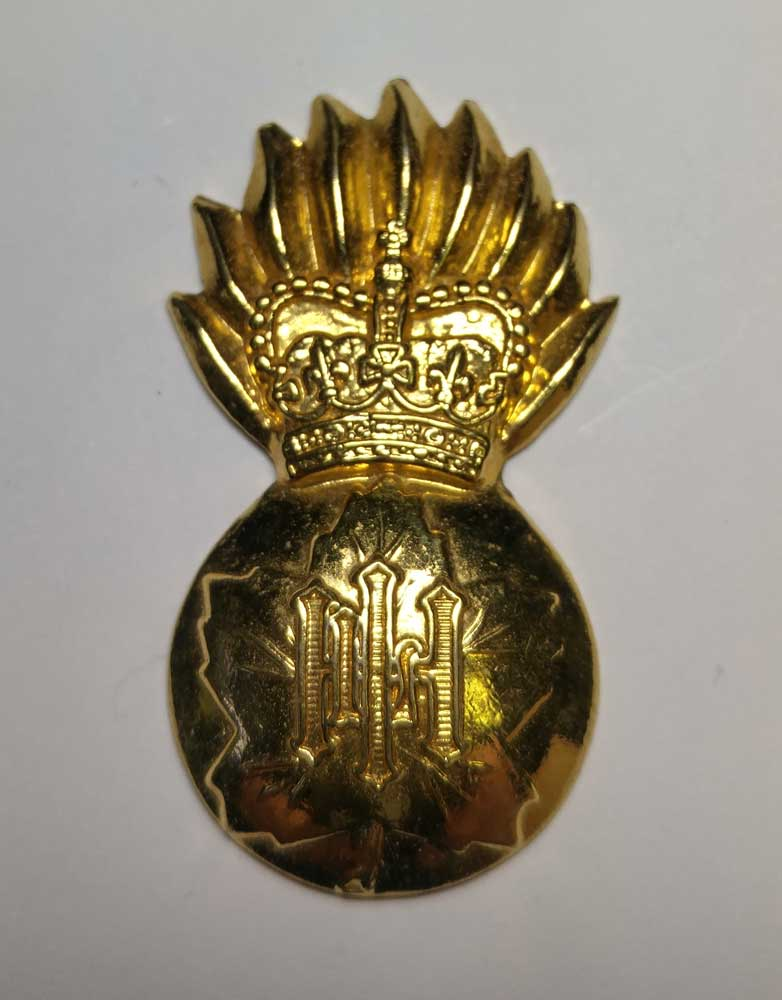 Badge: Highland Regiment, Grenade, Canada, Gold