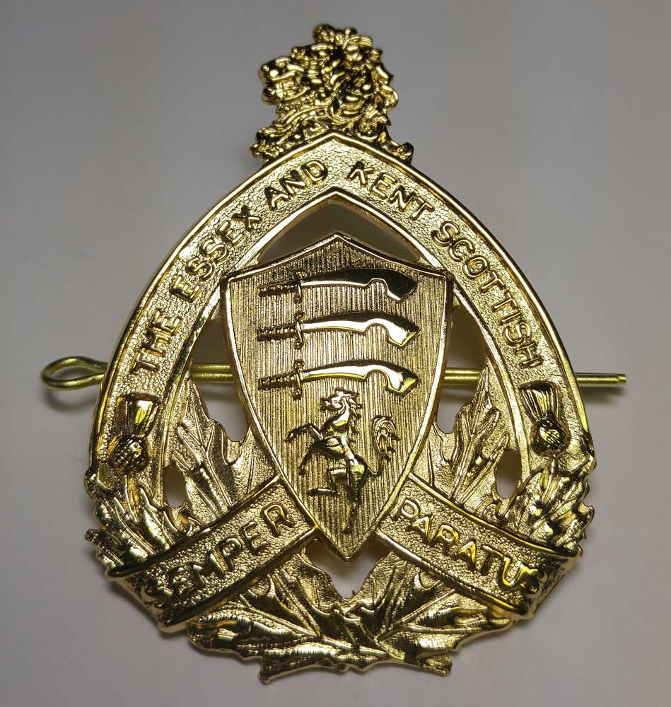 Badge: Cap, Essex & Kent, Large, Gold