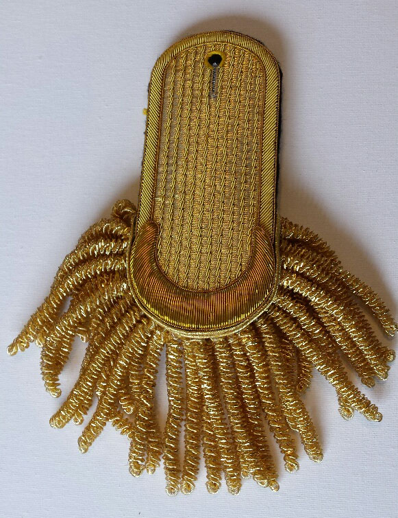 Epaulette, Gold, Crescent Curve/Rounded